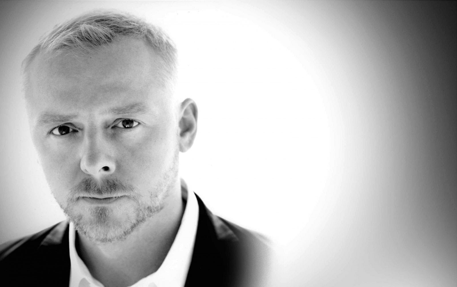 Watch Simon Pegg (born 1970) video
