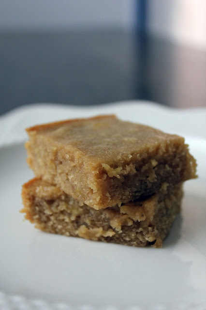 Recipe for Banana Blondies by freshfromthe.com