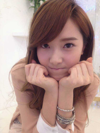 [LONGFIC] You are [Chap 21 - Part 1]|PG - Page 3 Snsd+jessica+2012+birthday+(1)