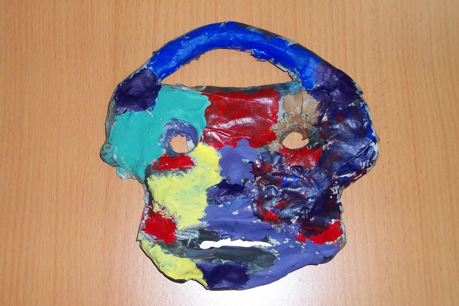 La máscara para la persona del aloe para la piel alrededor de los ojos