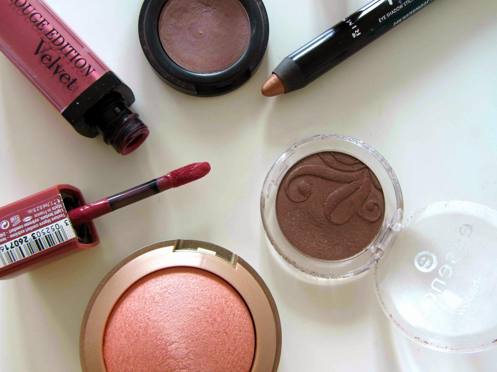 makeup milani luminoso essence manhattan golden rose 212 rimmel kate 100 rose gold bourjois rouge edition velvet nude-ist