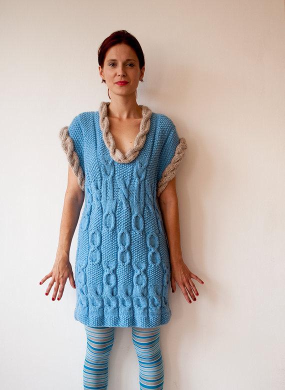 теплое платье, связанное