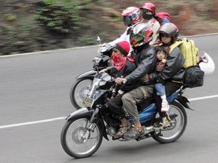 Mudik Aman Menggunakan Sepeda Motor - www.NetterKu.com : Menulis di Internet untuk saling berbagi Ilmu Pengetahuan!