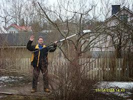 Vanhojen omenapuiden leikkaukset Pirkanmaan ja Tampereen talousalueella talonmiespalvelu@gmail.com