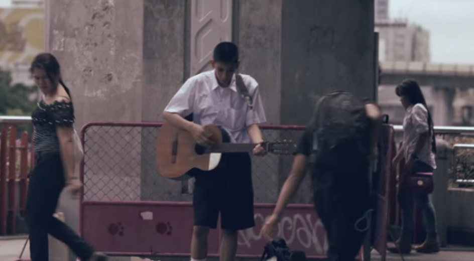 SEDIH DAN PILU !! Kisah Tersirat Disebalik Pemain Gitar Jalanan