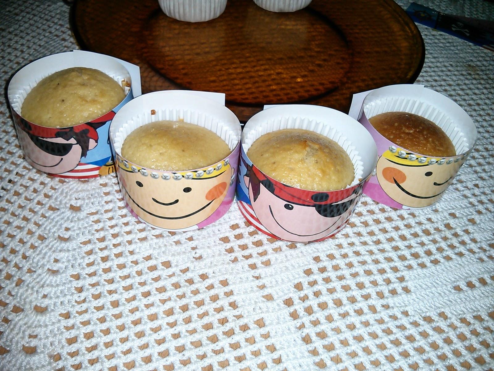 Cupcakes con frosting de vainilla