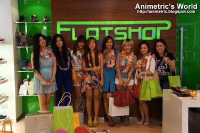 Bloggers at The Flat Shop in Greenhills