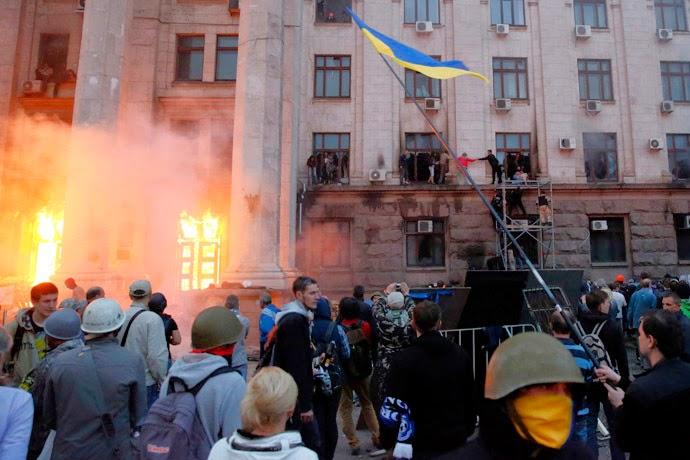 UKRAINE BÊN BỜ VỰC NỘI CHIẾN – BÀI HỌC KHÔNG CỦA RIÊNG AI (KỲ 2)