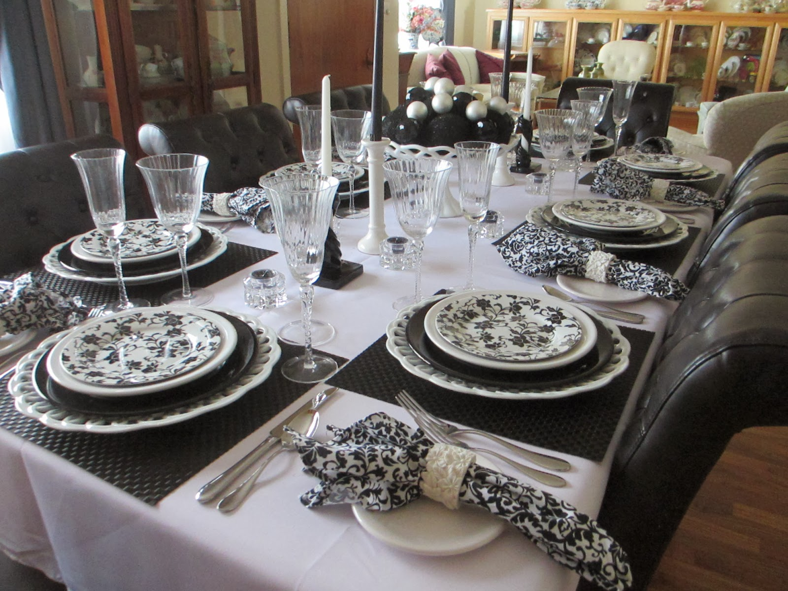 The Welcomed Guest Black And White Again Tablescape