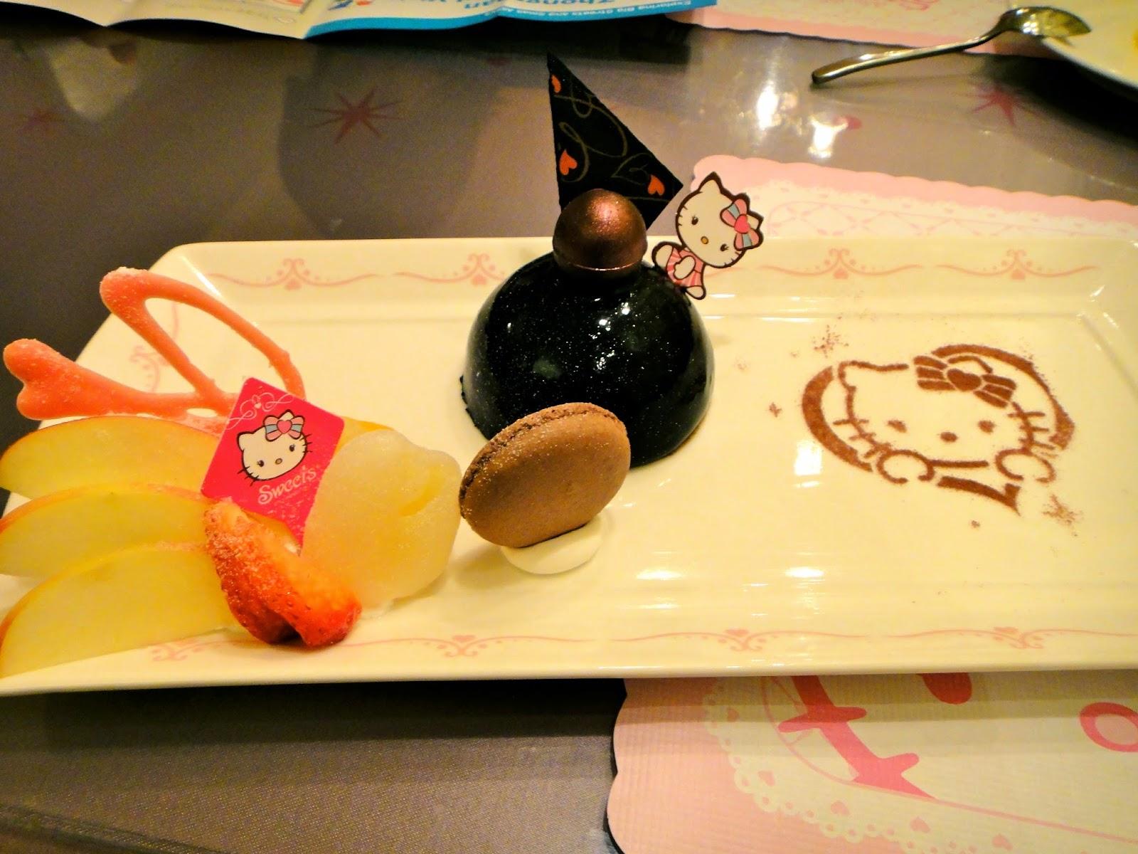 Hello Kitty Cafe Chocolate Cake Set Taiwan