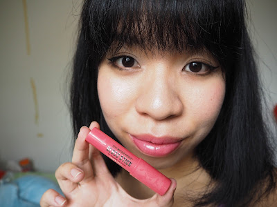 Soap & Glory Sexy Mother Pucker Gloss Stick in Pink-A-Boo