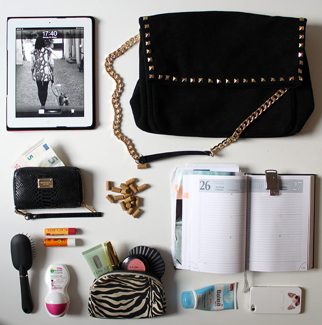 whats-in-my-bag-fashionblogger-trend-studded-citybag-zara-outfit