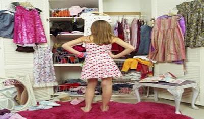 http://2.bp.blogspot.com/-CPIexAn9nDo/UDw7qo-4p3I/AAAAAAAAAH4/ymxa-XqNUG0/s1600/roupas-inadequadas.jpg