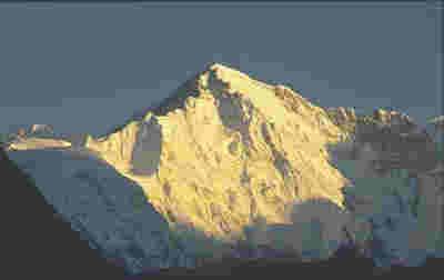 Gunung Makalu        Tinggi :        Lokasi : Nepal - Cina(Tibet)