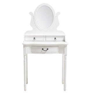 piccolina blog beaut beauty caprice une vraie coiffeuse de fifille. Black Bedroom Furniture Sets. Home Design Ideas