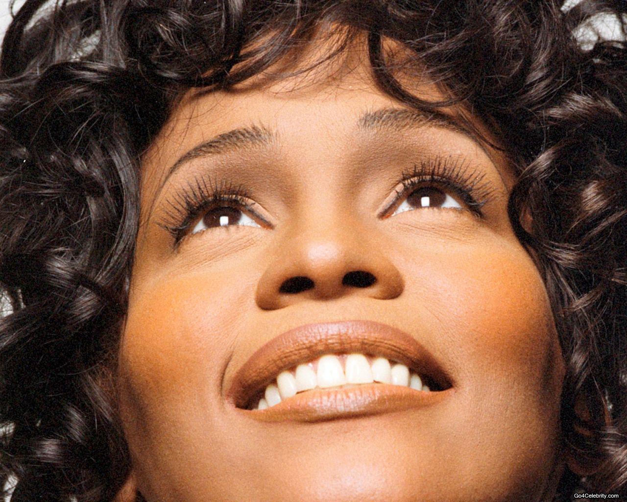 http://2.bp.blogspot.com/-CQ4Qh1NrU6k/Tzeo2R-oSNI/AAAAAAAADVA/_0gTgKdSLQE/s1600/Whitney-Houston.jpg
