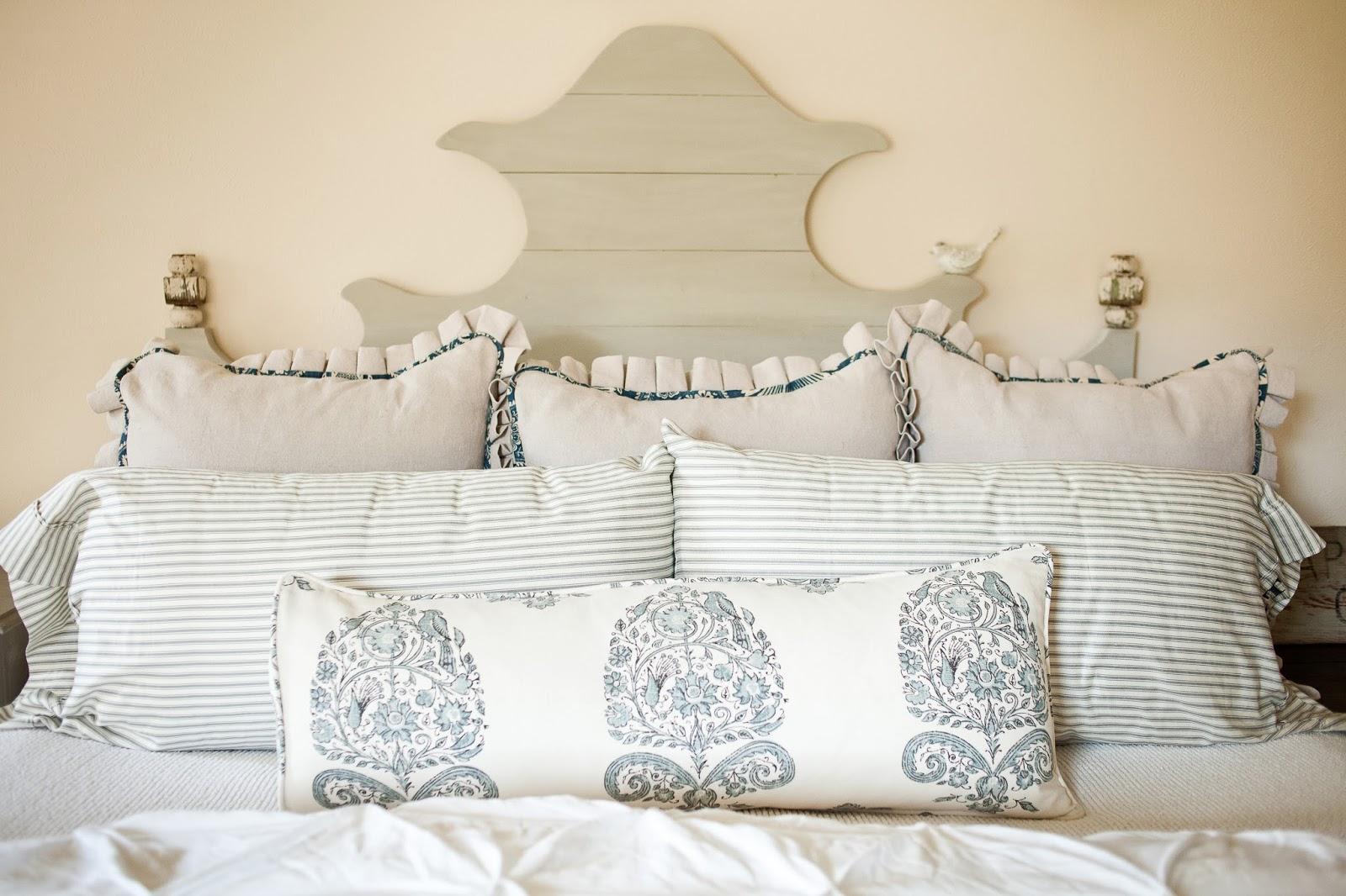 a stroll thru life 3 1 14 4 1 14 i am in love with our ballard designs knock off headboard that hubby built for me last year shopping with my kids for the little bird was a hoot