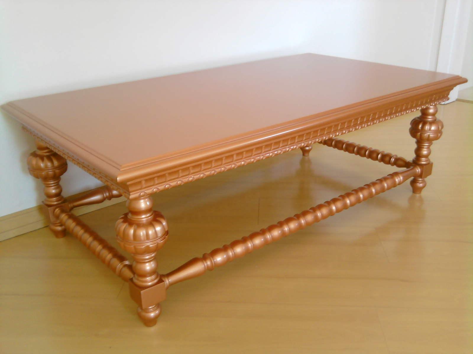 Esta mesa década de 70 foi construída em madeira cerejeira. #4E2403 1600x1200