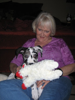 Kathleen, Valentina and her toy Lambchop