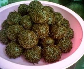 Foto Resep Kue Kering Coklat Bola Mesis Ceres