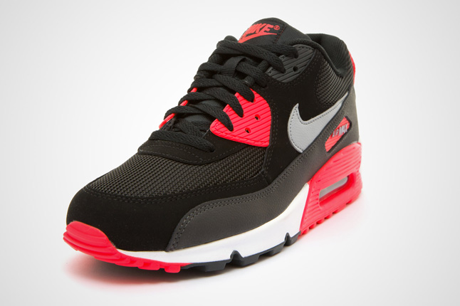 on sale a6273 03915 ... amazon nike air max 90 essential black infrared 953f1 2b037