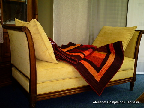 atelier et comptoir du tapissier lit de repos directoire. Black Bedroom Furniture Sets. Home Design Ideas