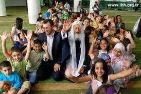 Hebat, 19 Suporter Bola Piala Dunia Brasil Masuk Islam
