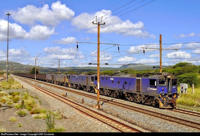 E11032 & Coal Train