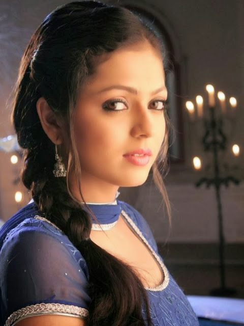 Drashti Dhami HD Wallpapers Free