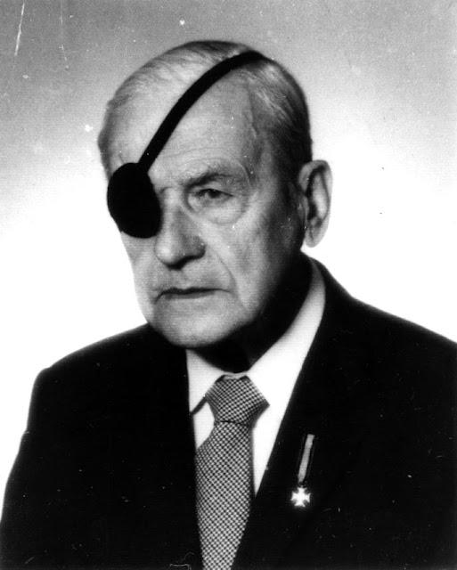 Major Władysław Henzell dowódca 3 komp. ckm 163 pp rez. (fotografia z lat osiemdziesiątych) Fot. ze zbiorów KW.