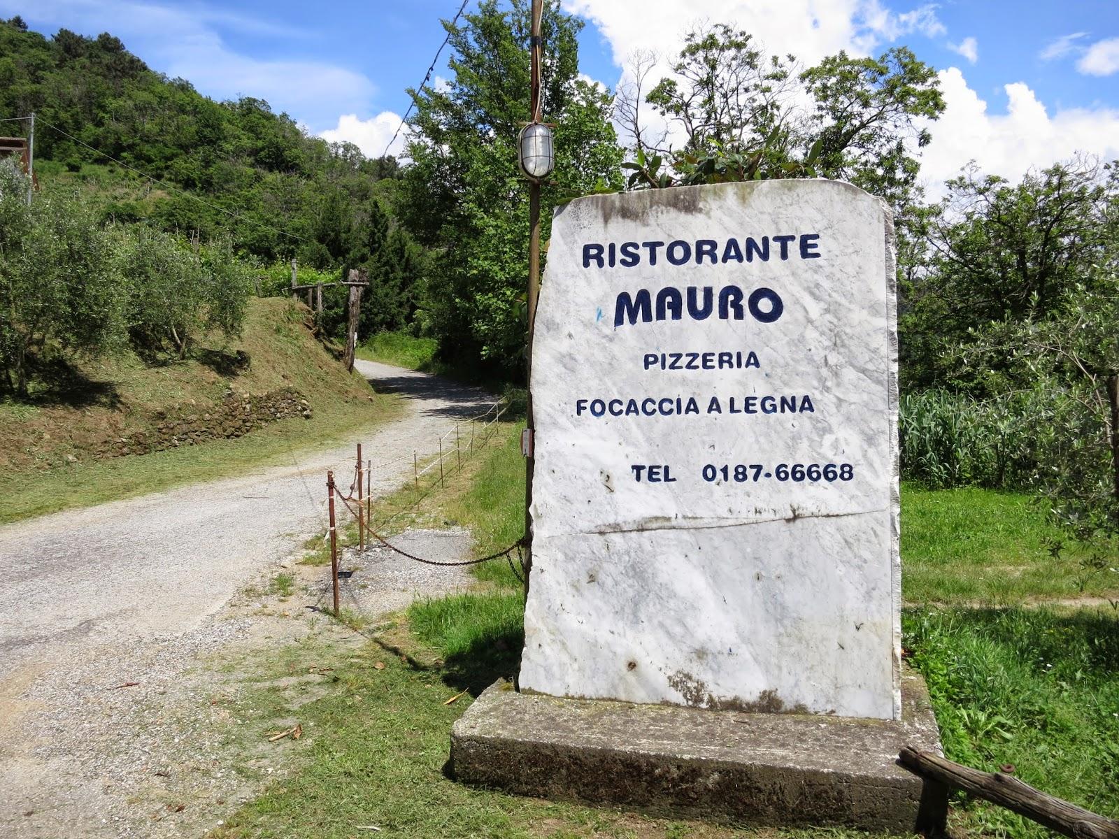 Ristorante Mauro sign