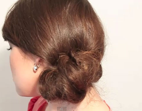 chignon simple chic en 5 minutes coiffure facile. Black Bedroom Furniture Sets. Home Design Ideas