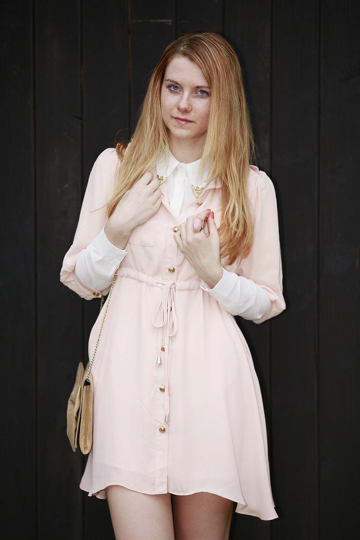 lucie srbová, módní blogerka, šaty sheinside, světle růžové