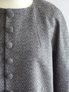 Tailleur femme couture par créatrice à Versailles
