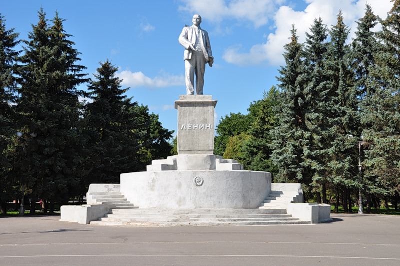 Памятник с сердцем Ржев памятник с семейный Новоалександровск