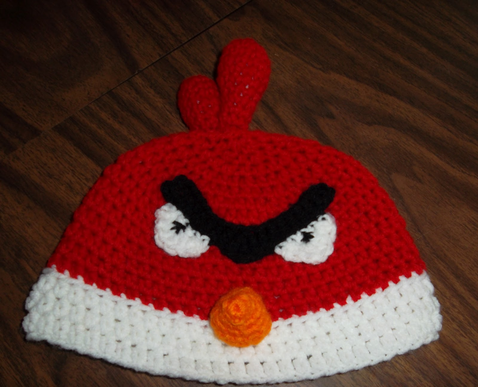 Crochet Hat Pattern Angry Bird : Mama Netties Crochet: On the Birdie Band Wagon!