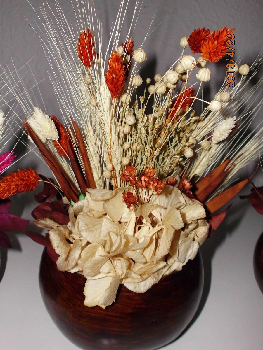 Jarrones Con Flores Secas Regadera Decorada Con Flores Secas Y - Jarrones-con-flores-secas