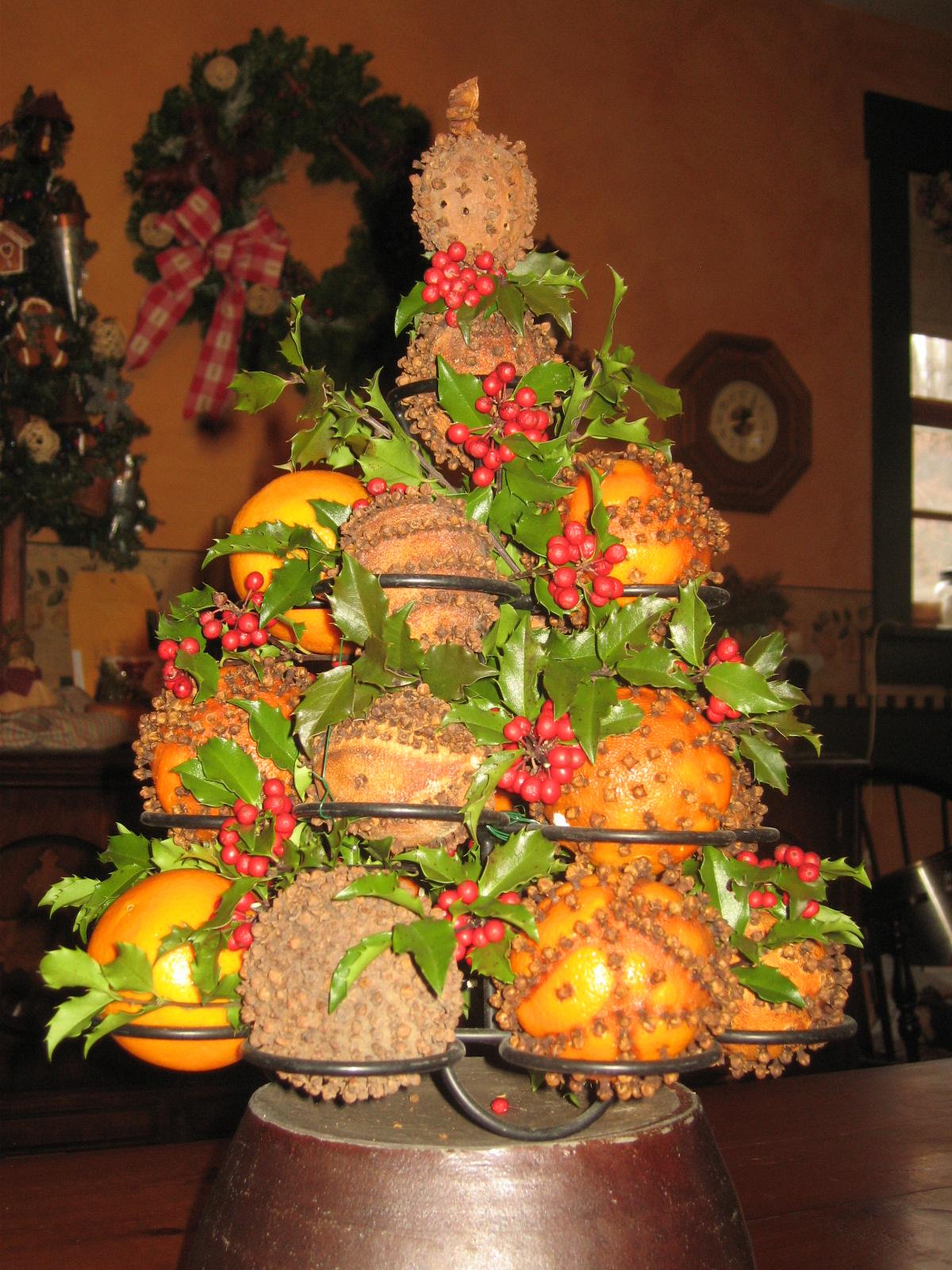 Orange And Lemon Christmas Tree Decorations : Diy orange pomander tree the woodwife s journal