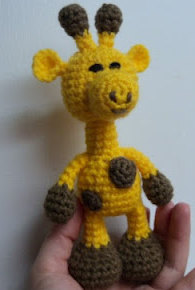 CROCHETED GIRAFFE PATTERN | CROCHET PATTERNS