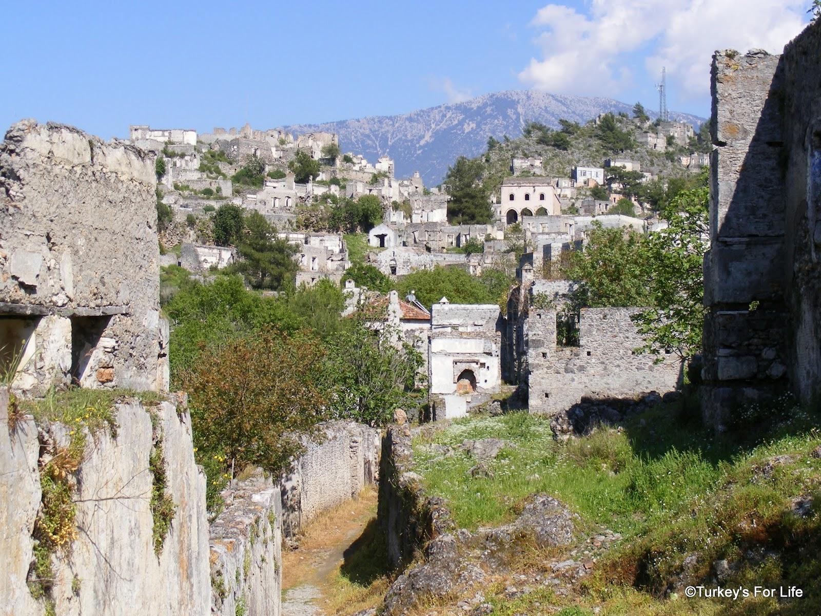 Wandering The Ruins Of Kayaköy - Recording A Village In Photos • Turkeys...