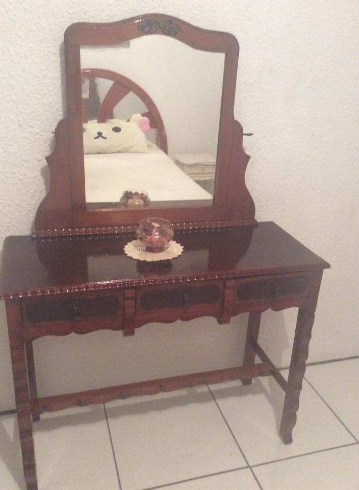 REF: 011 Penteadeira mexicana  R$ 1.500,00