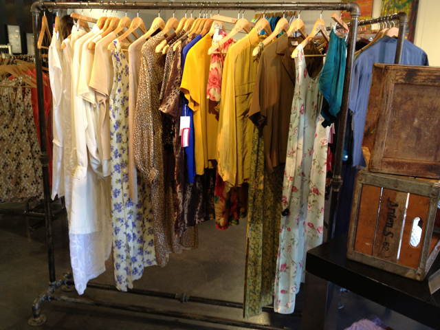 vancouver fashion blog, vintage fashion, vintage item, hey jude vintage shop at lut boutique