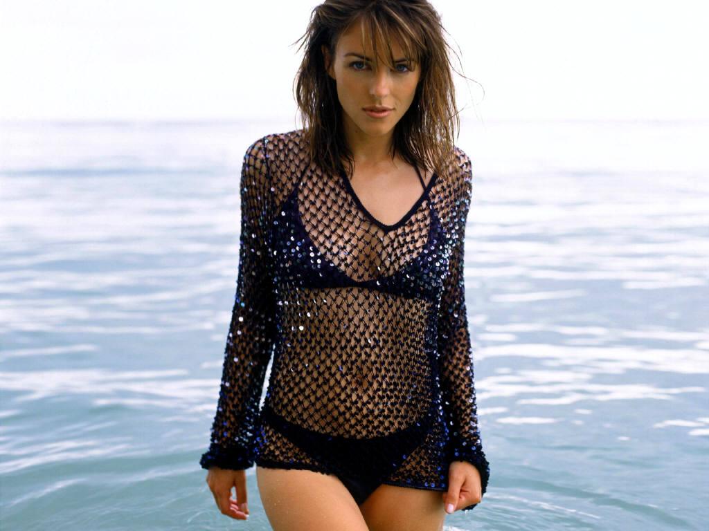 http://2.bp.blogspot.com/-CTOauApR2ok/Tlkq0DuGa_I/AAAAAAAAATo/-mhwwNeNBlI/s1600/Elizabeth-Hurley-in-hot-bikini-4.JPG