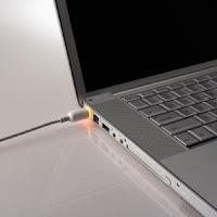 http://ardiancaisar.blogspot.com/2012/10/tips-trick-merawat-laptop-dan-notebook.html