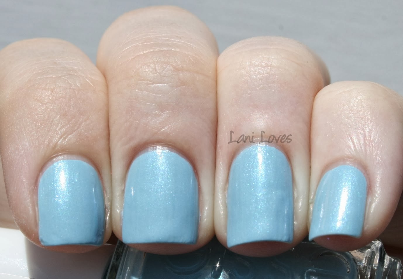 Essie Sweet Talker Swatch