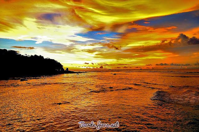 Sunset yang memukau di Tanjung Lesung Pandeglang Banten