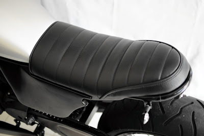 CRAZE special order seat from VERVE for HONDA TIGER