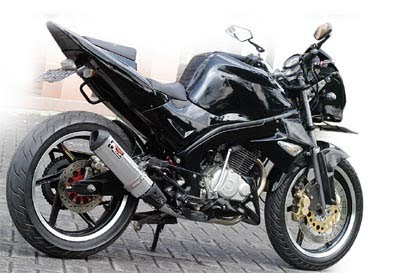 Modifikasi Honda Tiger trail hitam