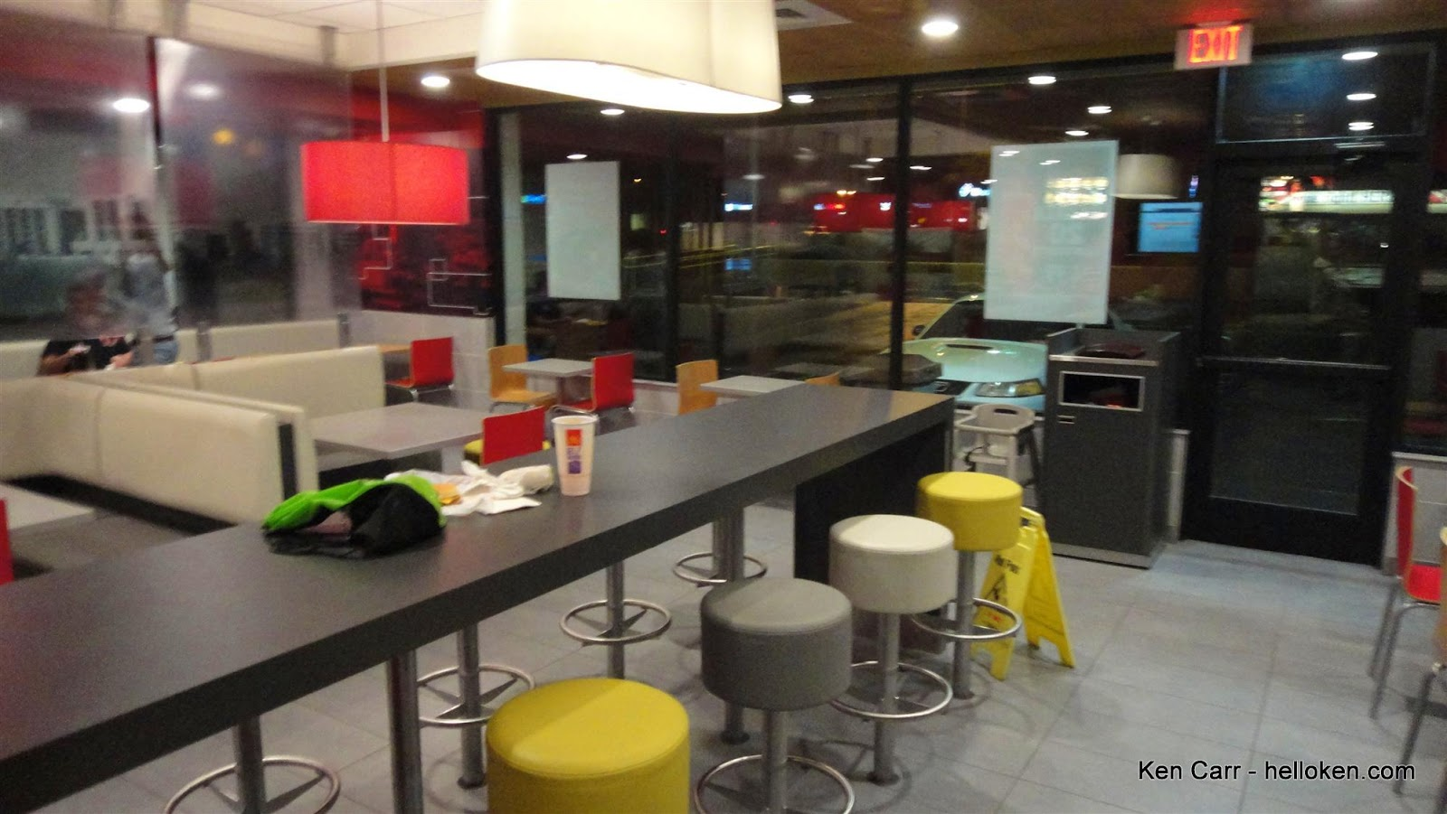 Ken carr blog a visit to the remodeled mcdonalds at speedway and the mcdonalds dining room this photo didnt come out a bit blurry and wouldnt have normally posted it but i wanted to show you sxxofo