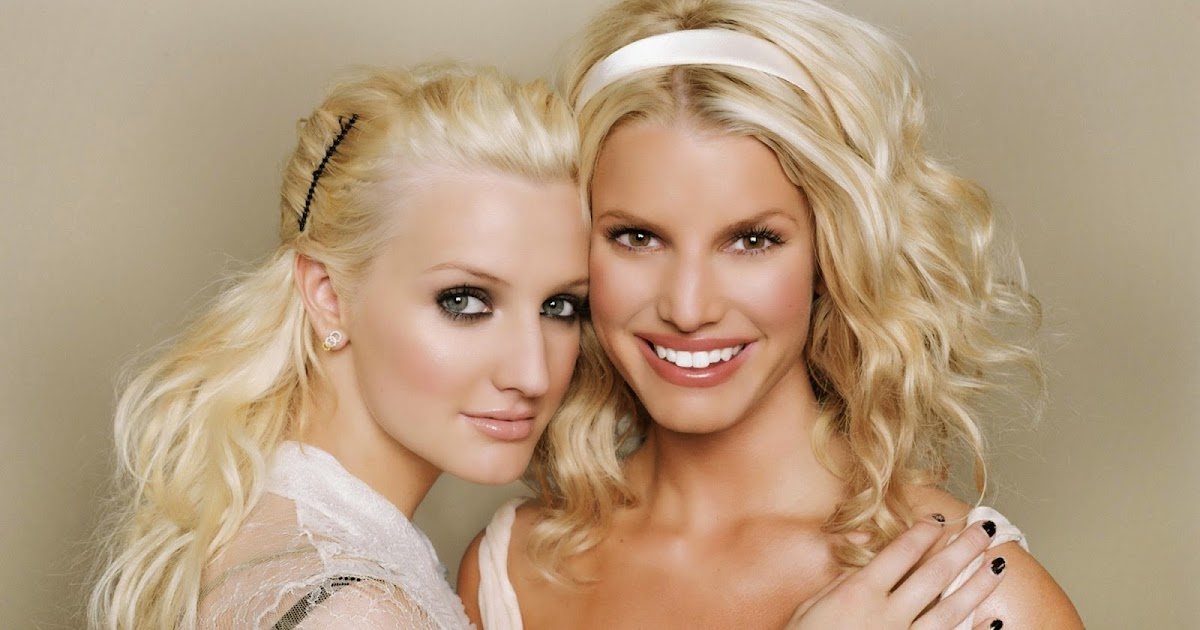 Spectacular Meet Jessica and Ashlee Simpson at Belk on November Oh So Cynthia